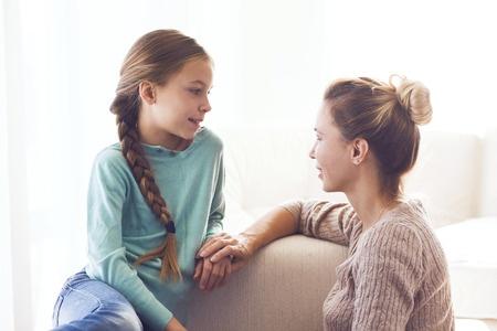 Ginecología Juvenil: Las dudas que acompañan la primera visita ginecológica